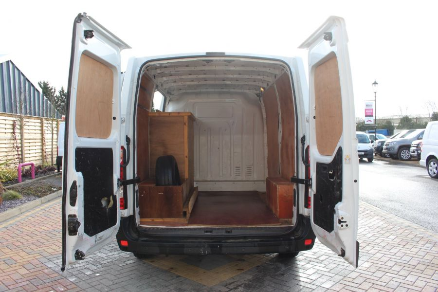 RENAULT MASTER SL33 DCI 100 SWB LOW ROOF FWD - 7248 - 19
