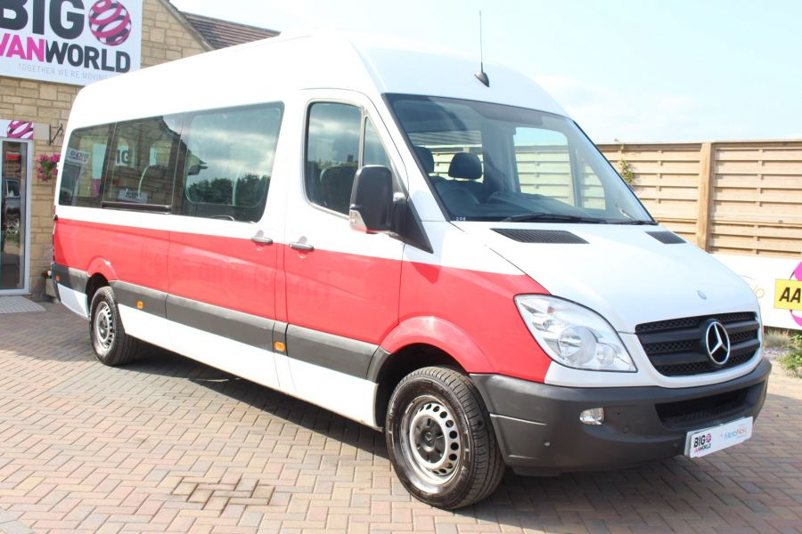 MERCEDES SPRINTER 316 CDI 163 TRAVELINER LWB 15 SEAT BUS HIGH ROOF - 8100 - 1