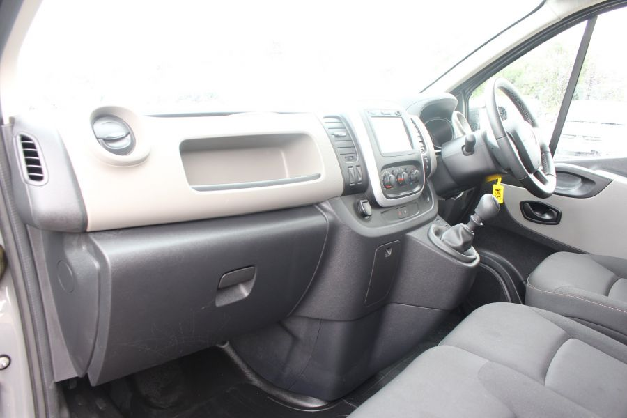 RENAULT TRAFIC SL27 DCI 115 BUSINESS DOUBLE CAB 6 SEAT CREW VAN SWB LOW ROOF - 8178 - 19