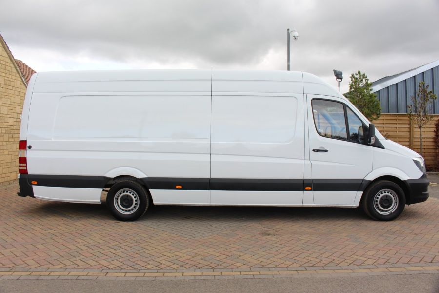 MERCEDES SPRINTER 313 CDI XLWB HIGH ROOF - 6505 - 4