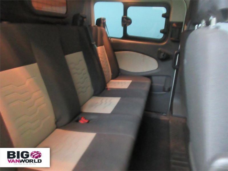 FORD TRANSIT CUSTOM 290 TDCI 125 L2 H1 LIMITED DOUBLE CAB 6 SEAT CREW VAN LWB LOW ROOF  - 8859 - 12