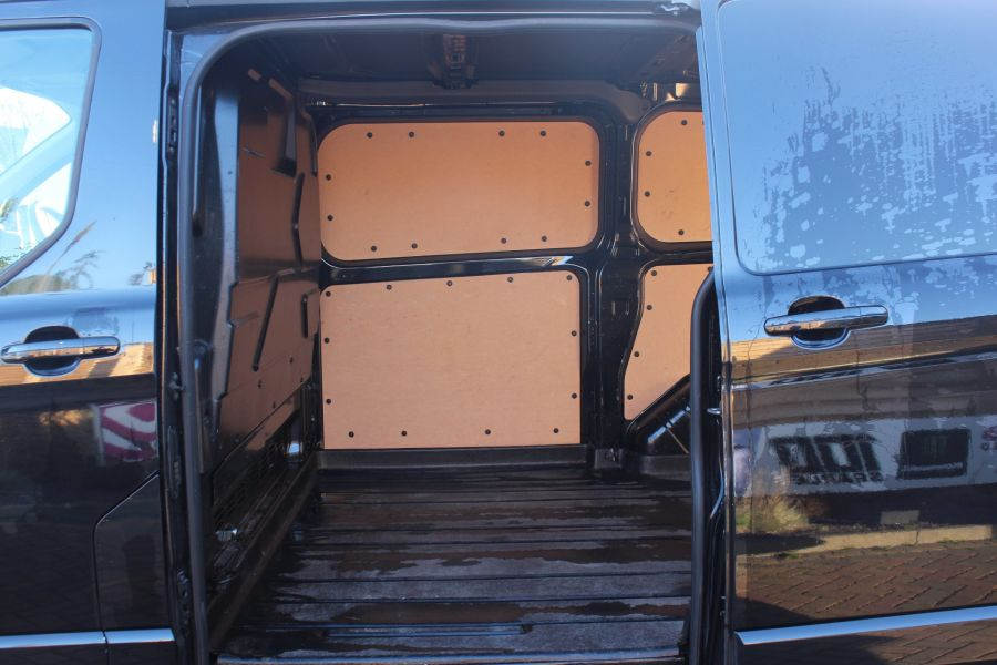 FORD TRANSIT CUSTOM 290 TDCI 125 L1 H1 LIMITED SWB LOW ROOF FWD - 6984 - 21