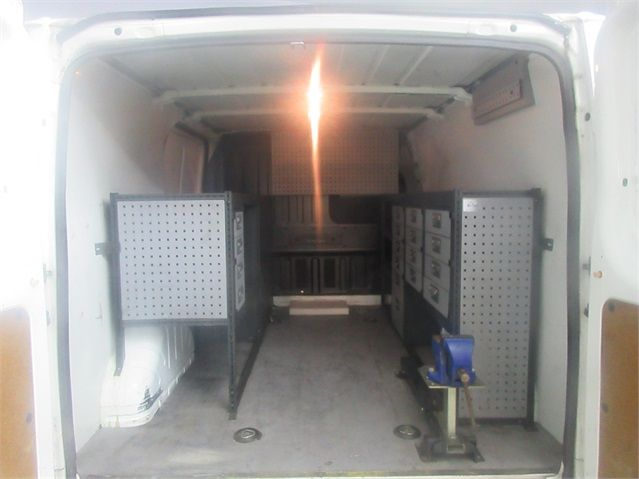 FORD TRANSIT 300 TDCI 100 SWB LOW ROOF FWD - 7264 - 13
