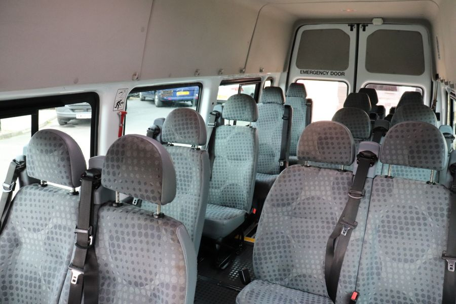 FORD TRANSIT 430 TDCI 135 EL LWB 17 SEAT BUS WITH WHEELCHAIR ACCESS HIGH ROOF DRW RWD - 9665 - 33