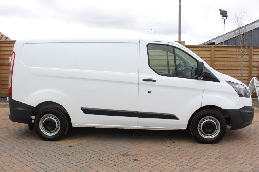 FORD TRANSIT CUSTOM 290 TDCI 100 L1 H1 SWB LOW ROOF FWD - 7201 - 4