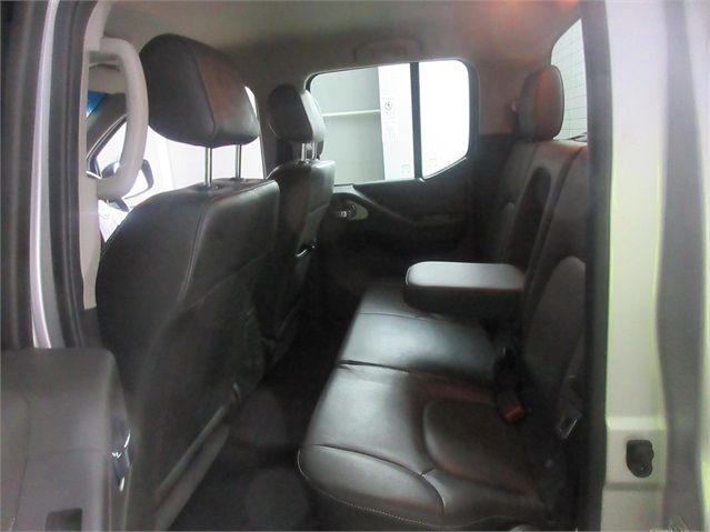 NISSAN NAVARA DCI 190 TEKNA CONNECT 4X4 DOUBLE CAB - 6839 - 17