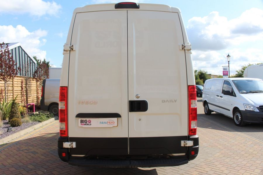 IVECO DAILY 35S11V MWB HIGH ROOF 3520WB - 6151 - 6