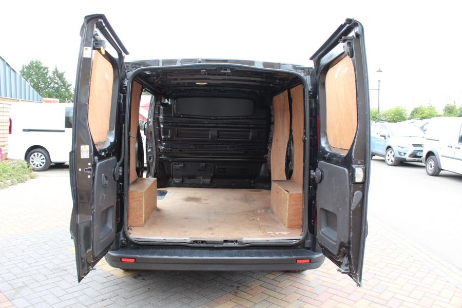 RENAULT TRAFIC SL27 DCI 115 BUSINESS PLUS SWB LOW ROOF - 9213 - 20
