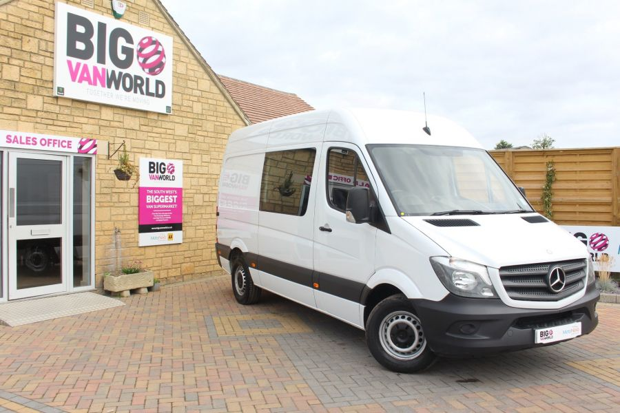 MERCEDES SPRINTER 313 CDI MWB HIGH ROOF 6 SEAT CREW VAN - 6303 - 1