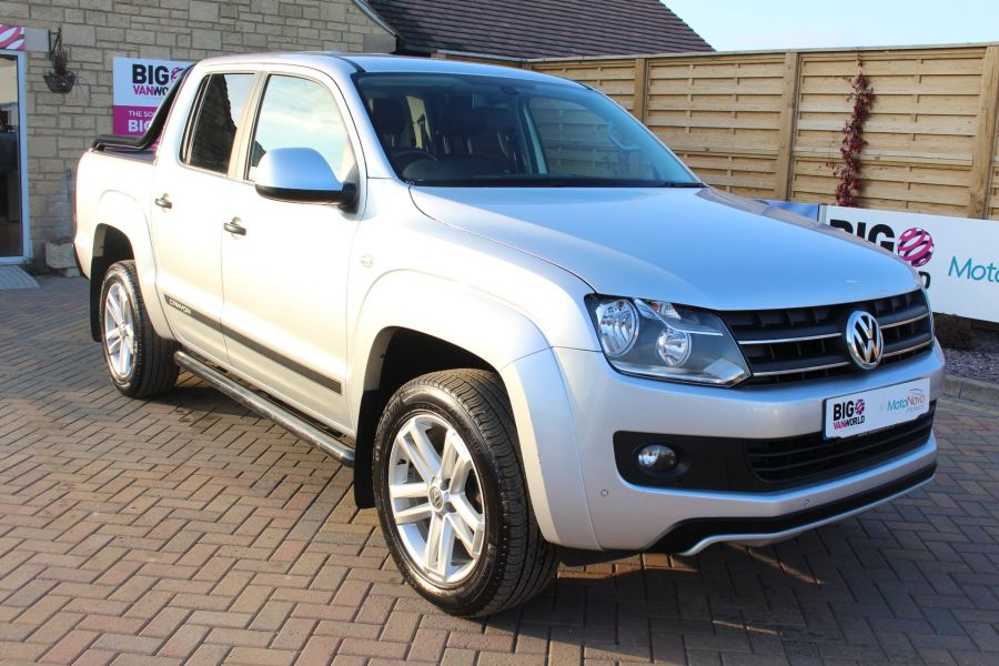 VOLKSWAGEN AMAROK TDI 180 CANYON 4MOTION DOUBLE CAB AUTO WITH ROLL'N'LOCK TOP - 7311 - 1