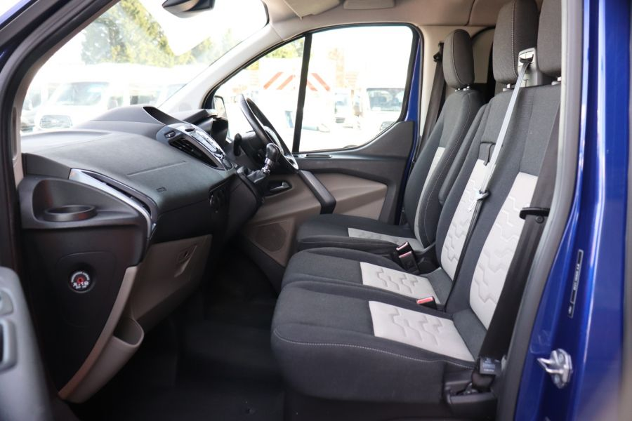 FORD TRANSIT CUSTOM 310 TDCI 130 L1H1 LIMITED DOUBLE CAB 6 SEAT CREW VAN FWD - 10553 - 32