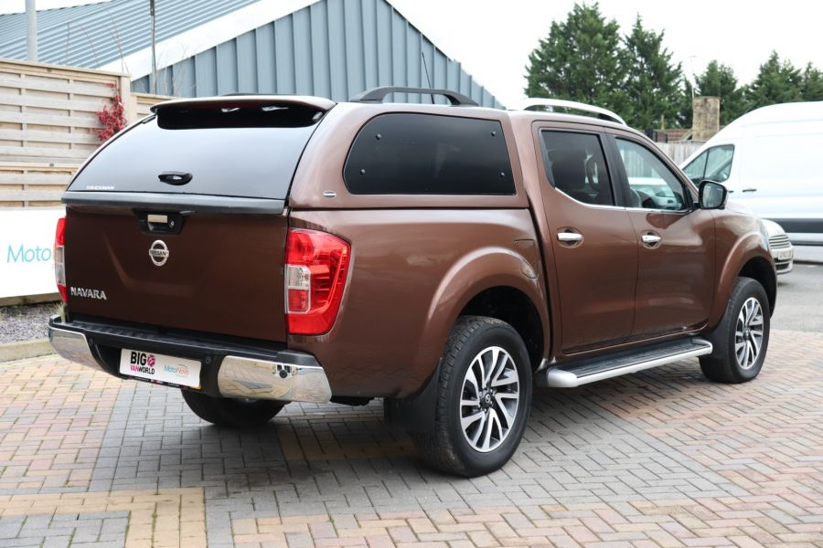 NISSAN NAVARA DCI 190 TEKNA 4X4  DOUBLE CAB WITH TRUCKMAN TOP AUTO - 10310 - 5