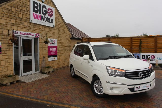 Used SSANGYONG RODIUS TURISMO in Used Cars Swindon for sale