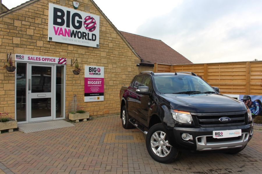FORD RANGER WILDTRAK TDCI 200 4X4 DOUBLE CAB WITH ROLL'N'LOCK TOP - 6801 - 1