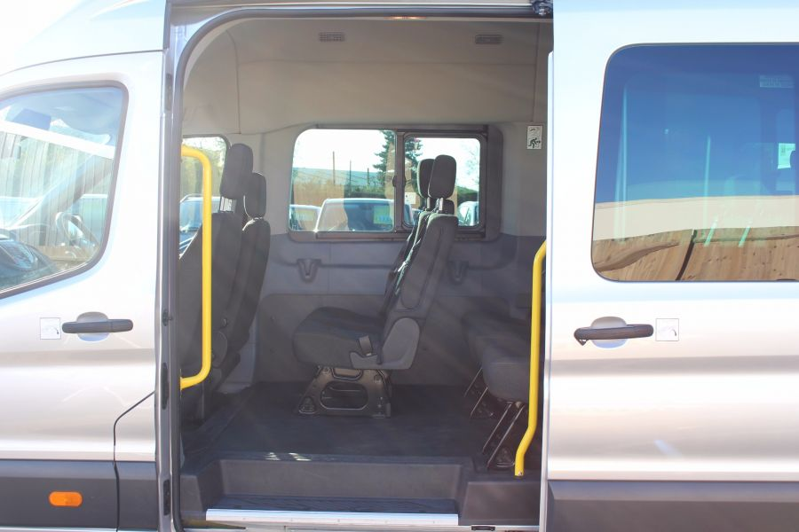 FORD TRANSIT 460 TDCI 155 L4 H3 TREND 18 SEAT BUS - 5330 - 16