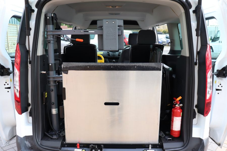 FORD GRAND TOURNEO CONNECT TDCI 95 COMBI VAN WITH WHEELCHAIR ACCESS - 11545 - 40
