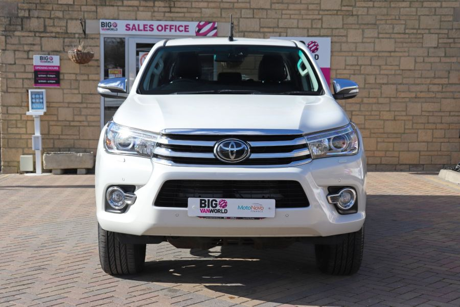 TOYOTA HI-LUX D-4D 150 INVINCIBLE X 4WD DOUBLE CAB WITH ROLL'N'LOCK TOP - 12270 - 13