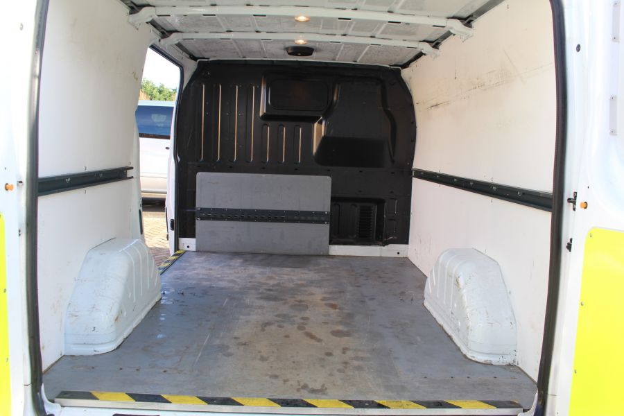 FORD TRANSIT 280 TDCI 125 TREND SWB LOW ROOF FWD - 7044 - 12