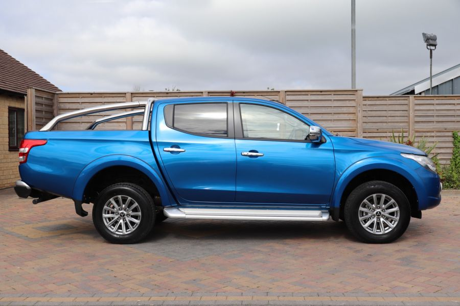 MITSUBISHI L200 DI-D 178 4WD WARRIOR DOUBLE CAB WITH ROLL'N'LOCK TOP - 11123 - 5