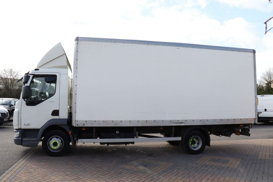 DAF TRUCKS LF LF 150 FA LF 150 FA 20Ft BOX WITH TAIL LIFT  (13928) - 12204 - 10