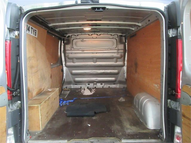 RENAULT TRAFIC SL27 DCI 115 SWB LOW ROOF - 7287 - 13