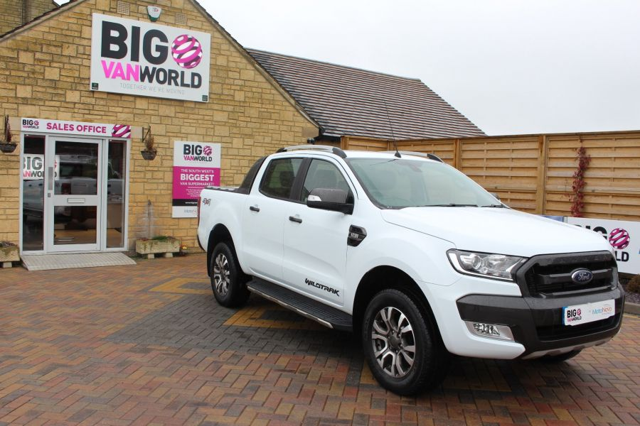FORD RANGER WILDTRAK TDCI 200 4X4 DOUBLE CAB WITH ROLL'N'LOCK TOP - 7576 - 3