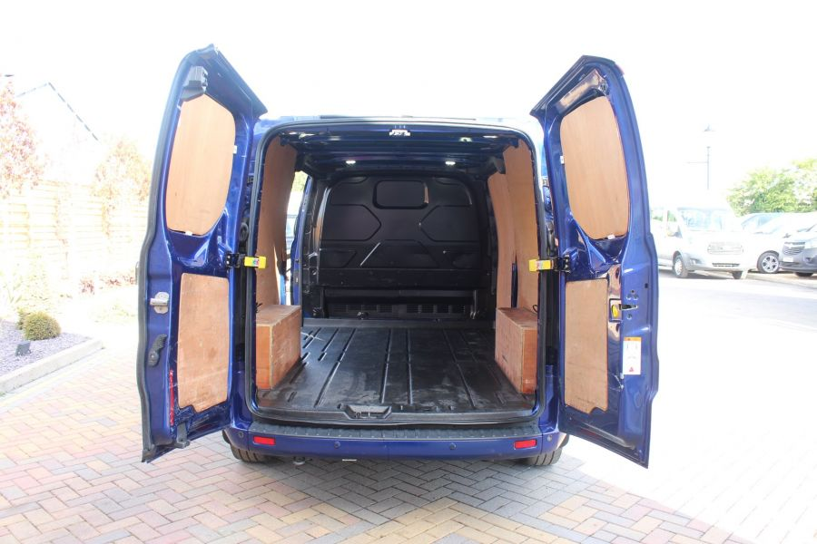 FORD TRANSIT CUSTOM 310 TDCI 155 L2 H1 LIMITED LWB LOW ROOF - 6620 - 23