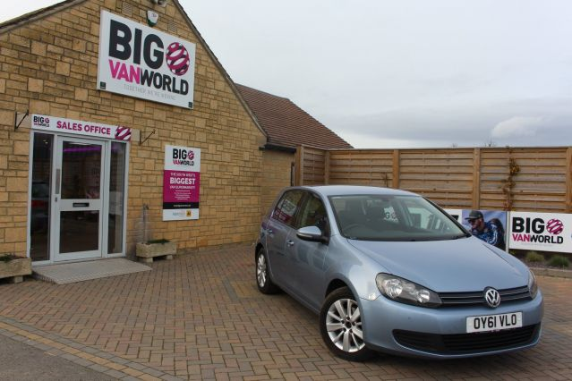 Used VOLKSWAGEN GOLF in Used Cars Swindon for sale