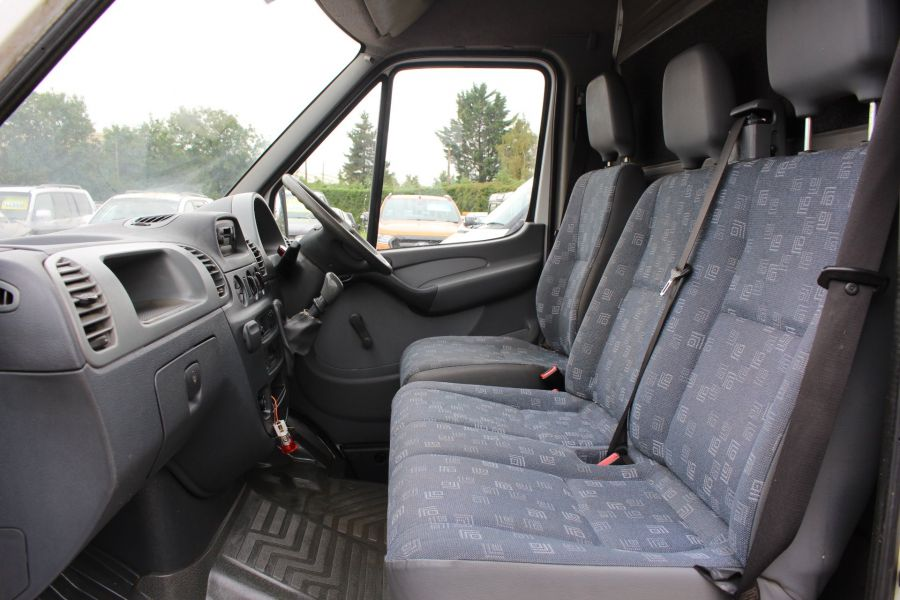 MERCEDES SPRINTER 208 CDI SWB LOW ROOF - 6631 - 14