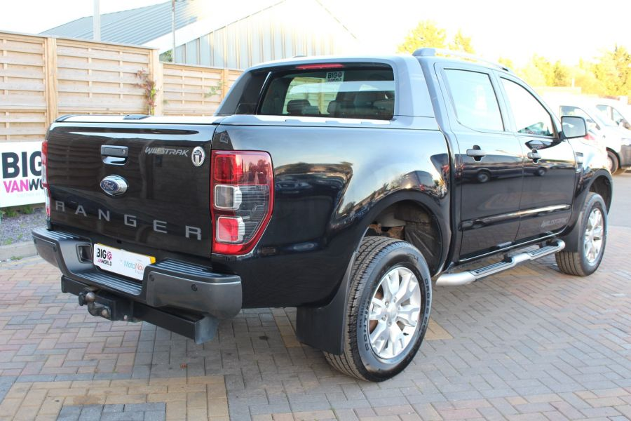 FORD RANGER WILDTRAK TDCI 200 4X4 DOUBLE CAB WITH ROLL'N'LOCK TOP - 8339 - 5