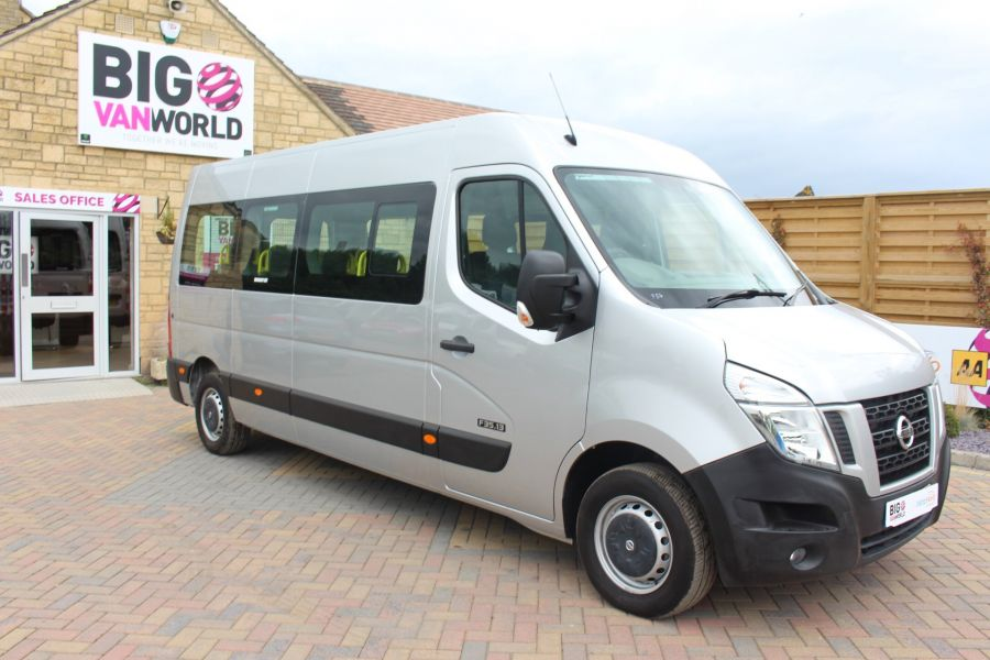 NISSAN NV400 F35 DCI 125 L3 H2 SE LWB MEDIUM ROOF 13 SEAT BUS - 6485 - 2
