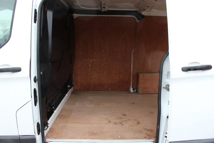 FORD TRANSIT CUSTOM 270 TDCI 125 L1 H1 SWB LOW ROOF FWD - 8450 - 18