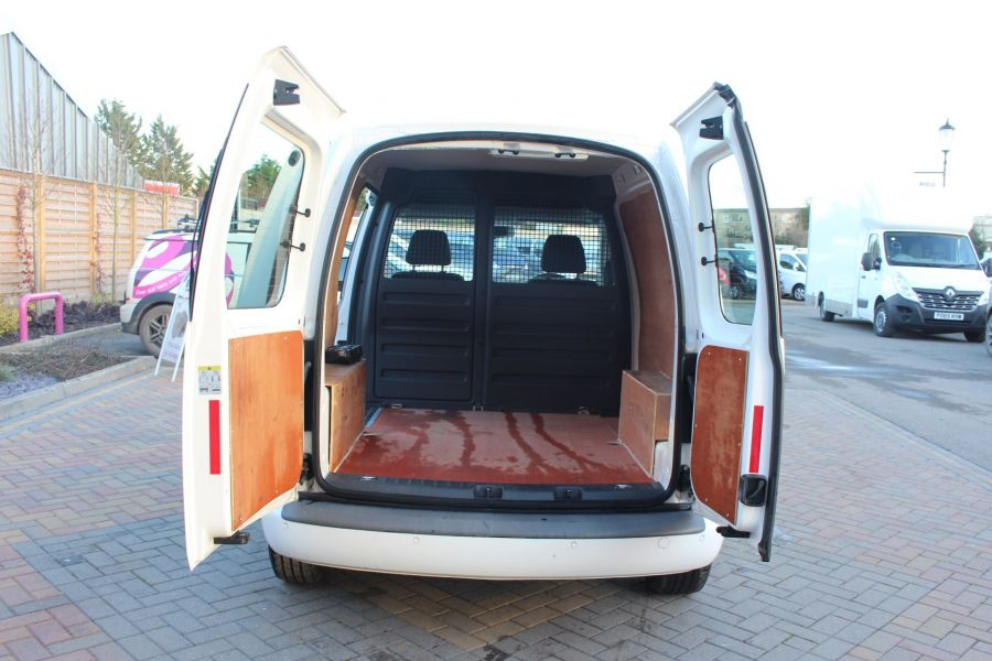 VOLKSWAGEN CADDY C20 TDI 102 HIGHLINE BLUEMOTION TECH - 7176 - 21