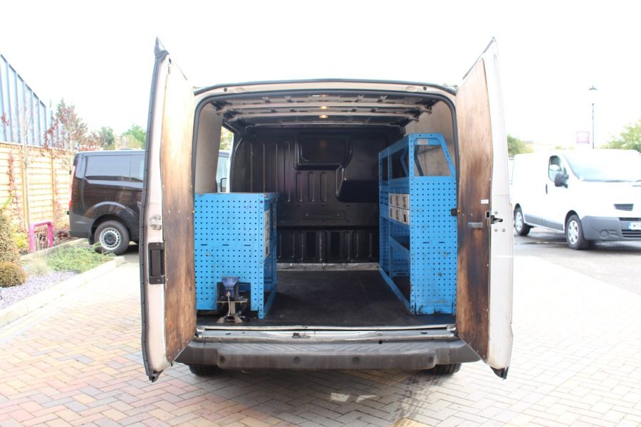 FORD TRANSIT 300 TDCI 100 SWB LOW ROOF FWD - 6733 - 19
