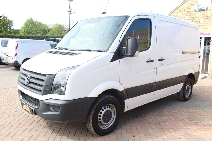 VOLKSWAGEN CRAFTER CR30 TDI 109 BHP SWB LOW ROOF - 6069 - 6