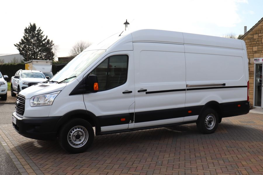 FORD TRANSIT 350 TDCI 125 L4H3 JUMBO HIGH ROOF RWD - 10472 - 9