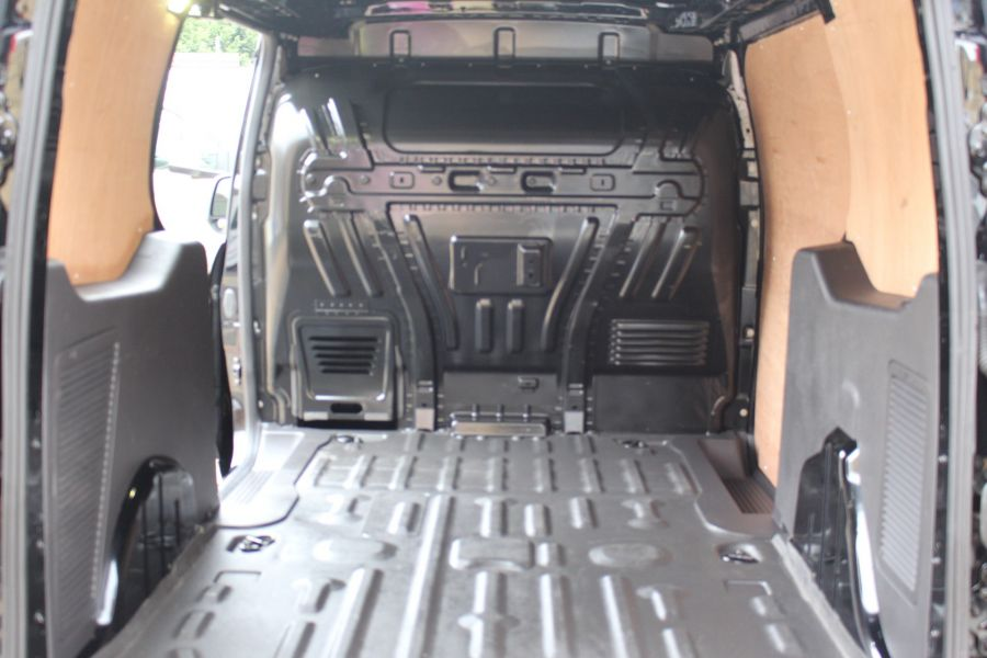 FORD TRANSIT CONNECT 240 TDCI 115 L2 H1 LIMITED LWB LOW ROOF - 9355 - 29