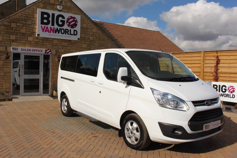FORD TOURNEO CUSTOM 300 TDCI 125 L2 H1 LIMITED 9 SEAT MINIBUS SWB LOW ROOF FWD - 7215 - 2