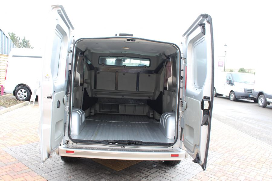 RENAULT TRAFIC LL29 DCI 115 SPORT LWB LOW ROOF DOUBLE CAB 6 SEAT CREW VAN - 7507 - 24