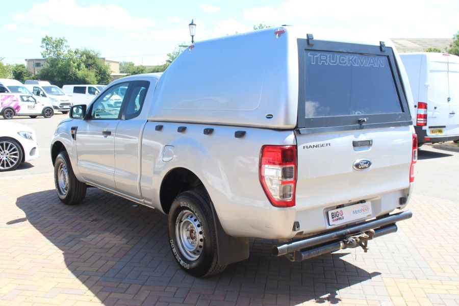 FORD RANGER XL 4X4 TDCI 150 SUPER CAB WITH TRUCKMAN TOP - 6276 - 7