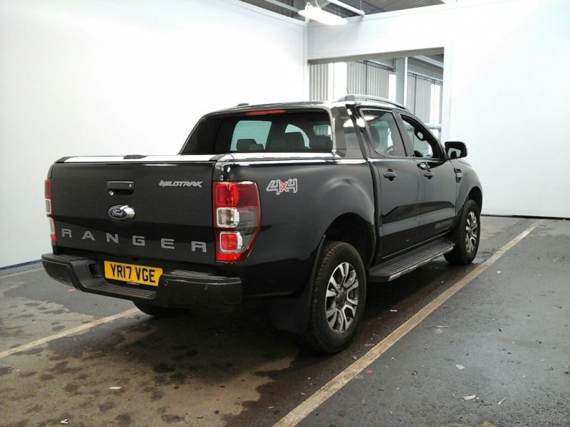 FORD RANGER WILDTRAK TDCI 200 4X4 DOUBLE CAB WITH ROLL'N'LOCK TOP - 9219 - 2