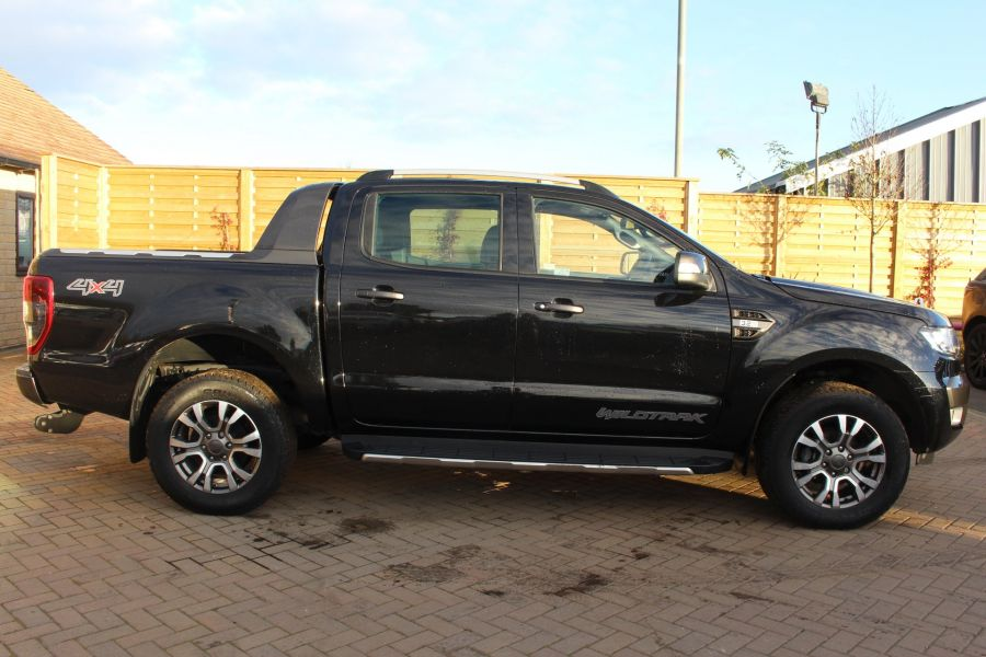 FORD RANGER WILDTRAK TDCI 200 4X4 DOUBLE CAB - 7023 - 4