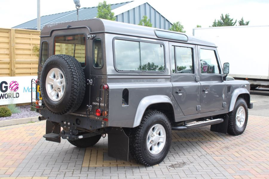 LAND ROVER DEFENDER 110 TD XS STATION WAGON 7 SEATER - 6197 - 5