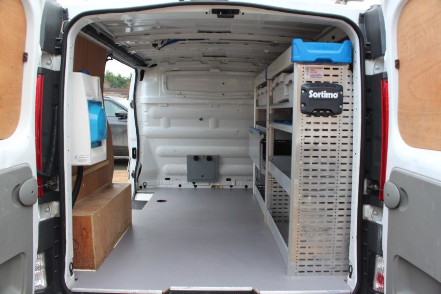 RENAULT TRAFIC SL27 DCI 115 L1 H1 SWB LOW ROOF - 7062 - 12