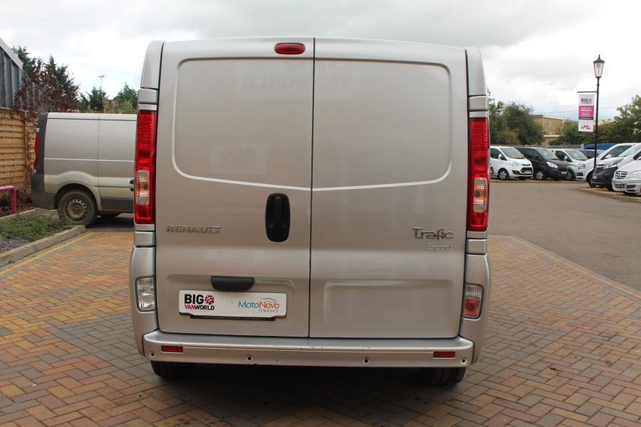 RENAULT TRAFIC LL29 DCI 115 SPORT SPECIAL EDITION LWB LOW ROOF - 6693 - 6
