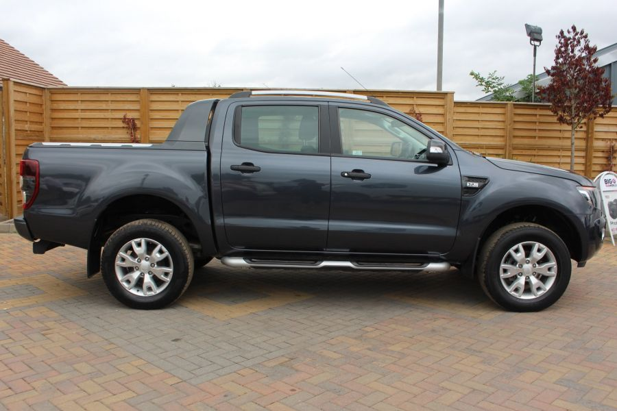 FORD RANGER WILDTRAK 4X4 TDCI 197 BHP DOUBLE CAB WITH MOUNTAIN TOP - 6601 - 4