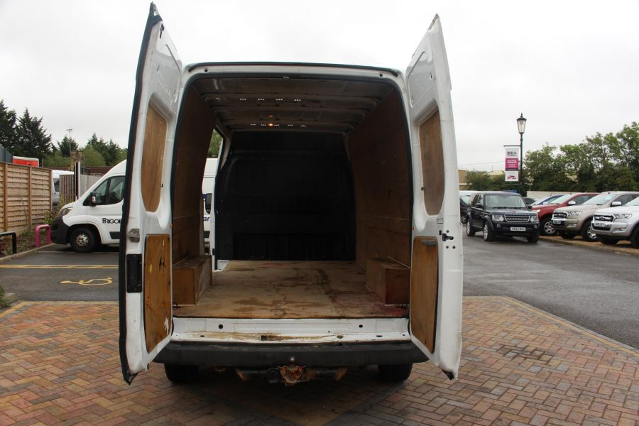 FORD TRANSIT 350 TDCI 115 LWB MEDIUM ROOF RWD - 8295 - 17