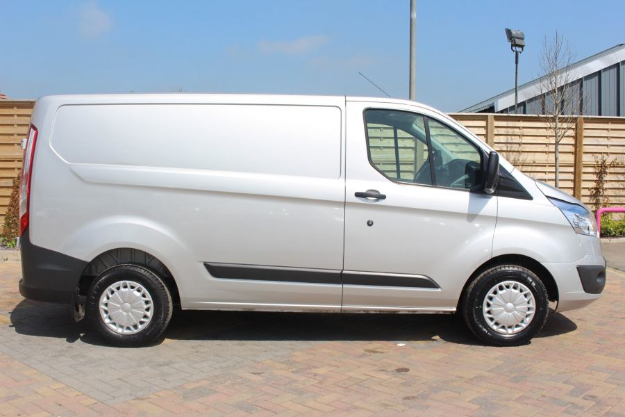 FORD TRANSIT CUSTOM 270 TDCI 100 TREND L1 H1 SWB LOW ROOF - 7163 - 4