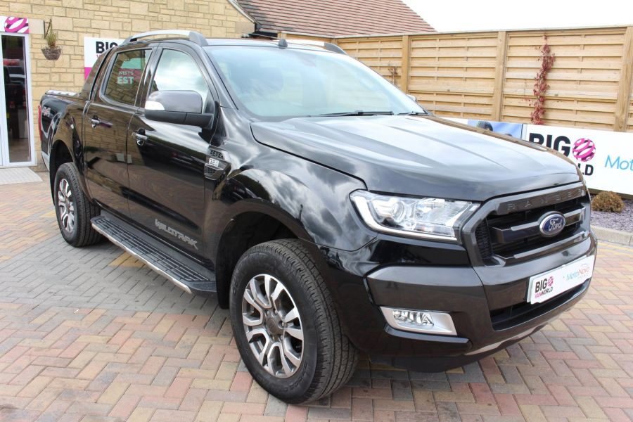 FORD RANGER WILDTRAK TDCI 197 4X4 DOUBLE CAB WITH ROLL'N'LOCK TOP - 7635 - 1