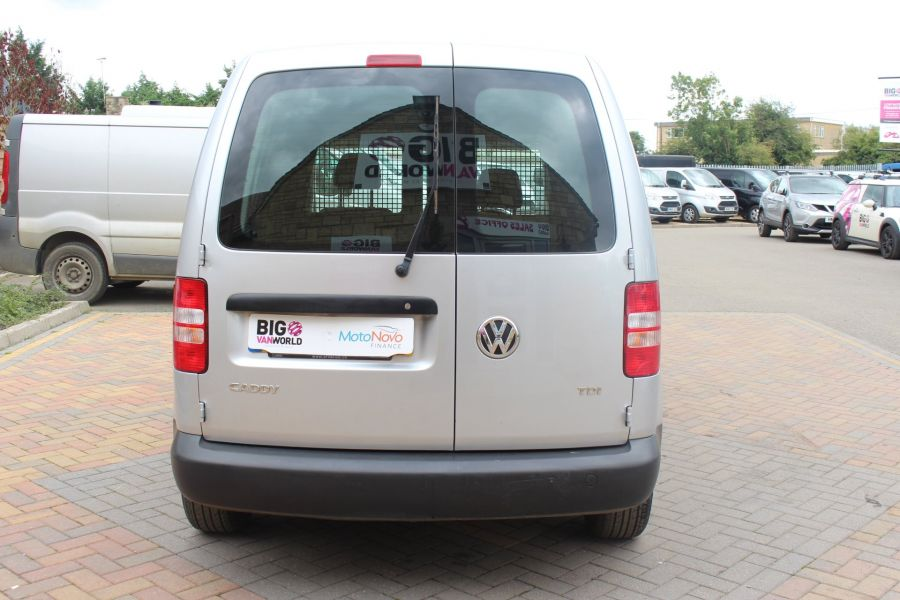 VOLKSWAGEN CADDY C20 TDI 75 - 6649 - 6